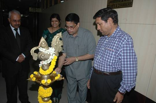 Shri N. Bharatwaja Sankar, Vice President lighting the lamp.